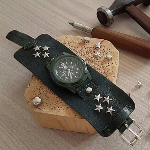 Leatherandstuds_orologio_militare_1