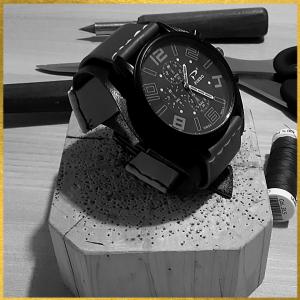 Leatherandstuds_orologio_uomo_blu_nero_grigio_3_bn